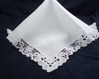 Ladies' Lace Edged Hankie Bride's Handkerchief Wedding Lace Hankie