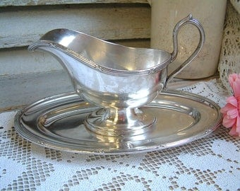 Antique french silver plated sauce boat. Restaurant silver gravy boat. Monogram LD. Jeanne d'arc living. French nordic style. Rustic wedding
