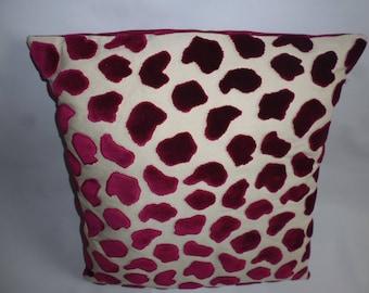 kotonou embossed velvet cushion
