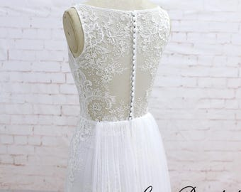 Custom Wedding Dress A-line Lace Wedding Dress with Removable Train Ivory Bridal Gown with Bataeu Neckline See Through Wedding Dress