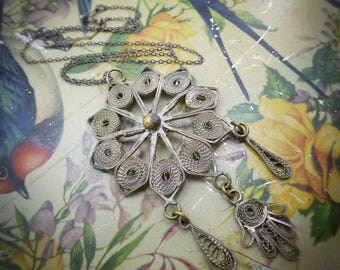 Vintage Filigree Necklace, Silver Tone