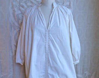 White Cotton and Crochet Lace Peasant Blouse