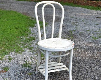 Vintage White Bentwood Bistro Chair Chippy Painted Furniture Desk School Chair Ice Cream Parlor Chair PanchosPorch