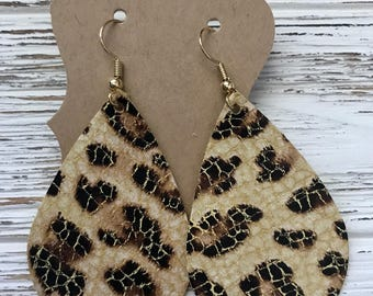 Leopard crackled leather teardrop or leaf earrings! Gifts for her, animal print leather earrings. No hair