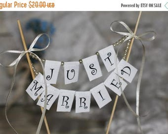 8% OFF Just Married Wedding Cake Topper Banner with pearls and bows