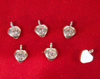 "BULK! 50pc ""clear"" heart charms in antique silver style (BC1345B)"
