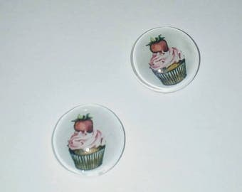 X 2 with Strawberry and its 12mm Strawberry Cupcake Cabochons