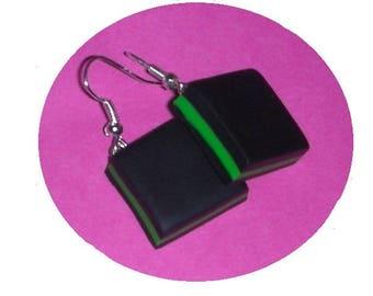 English candy black/green earrings