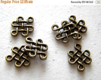HALF PRICE 6 Bronze Celtic Knot Connector Charms