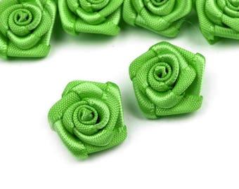 10 pink flowers green satin 15 mm