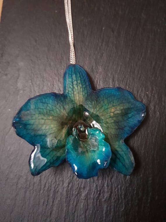 Real nobile orchid necklace in blue