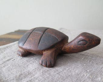 Vintage Hand Carved Wooden Turtle Figurine Collectible Library Decor @222-27