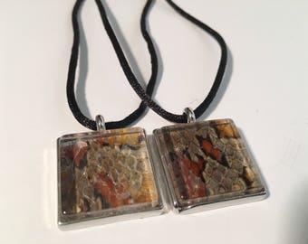 DISCOUNT Snake Skin Square Pendant Necklace
