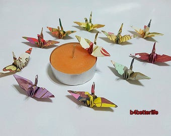 """Lot of 132pcs 1.5"""" Multi-colored Japanese Design Hand-folded Origami Paper Cranes. (JD Paper Series) #FC15-84b."""
