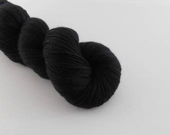 LOVE SOCK,  Noir, merino nylon sock yarn,100g
