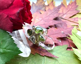 Multi gemstone Ring with Genuine PERIDOTs and WHITE TOPAZ GEMS