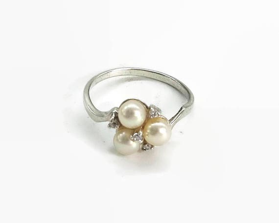 Pearl ring in sterling silver and gilded setting with tiny cubic zirconia stones, larger size, 10 / U, RJ Graziano, United States