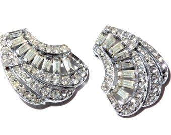 Antique Czech rhodium silver plate Art Deco clip earrings baguette cut crystal glass rhinestones A434-33