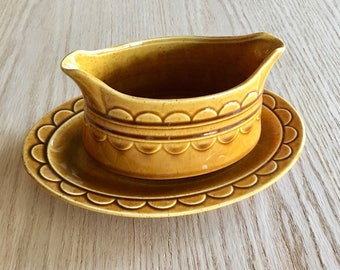 Golden Harvest by Homer Laughlin gravy boat with underplate