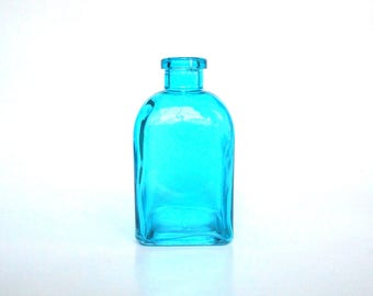 Blue square glass bottle, 8 oz, blue recycled glass bottle, blue colored glass vase, DIY gift, blue wedding, blue party favor centerpiece