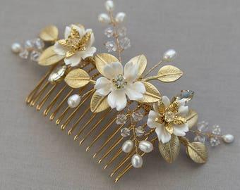 FAITH | Gold Bridal comb, Wedding Accessories, Bridal Headpiece, Wedding headpiece, Pearl and crystal Headpiece,