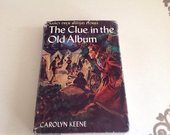 Namcy Drew Mystery Stories,The Clue in the old Album Carolyn Keene 1947
