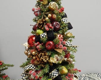 CHRISTMAS IN JULY Christmas Topiary Tree, Christmas Wreath, Pre-Lit, Topiary,