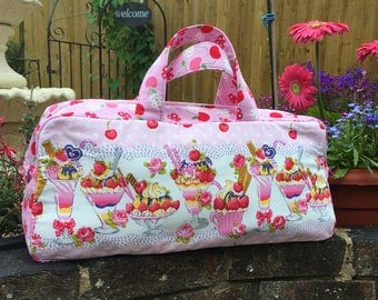 Ice cream sundae knitting bag with pink cherries contrast