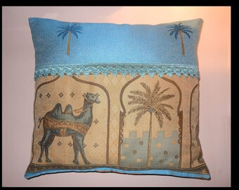 Cushion camel and palm trees, turquoise and yellow