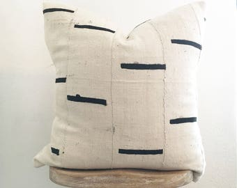 HOLD for KATE! 20x20 Mudcloth Pillow // Natural Ivory with Black Lines