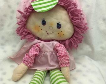 "1981 vintage Strawberry Shortcake Raspberry Tart rag cloth doll 15"" Kenner"