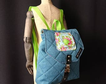 Pretty Girl backpack in turquoise