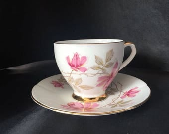 Elegant Vintage TAYLOR And  KENT  Fine Bone KENT China Teacup  & Saucer English