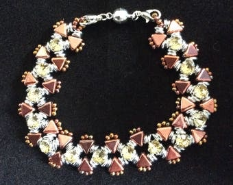 Bracelet of Kheops pearls and rhinestones copper and silver color