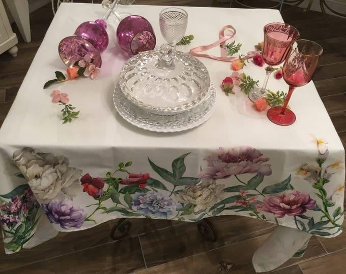 Shabby Chic Tradução flowers tablecloth