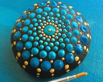 Handpainted mandala Stone 5 cm long