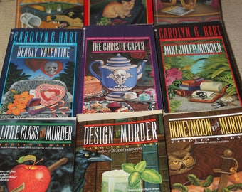 Lot of 9 Carolyn G Hart books / Carolyn Hart / Free shipping
