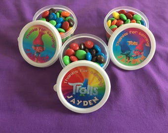 12 Personalized Trolls Candy containers / candy cups with lids / party favors