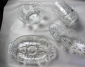 Matching clear glass kitchen set