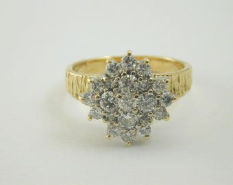 18ct gold and diamond snowflake cluster ring size N 3/4 4.67g Vintage 1970's