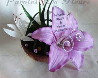 Purple Lily and artificial customize nerrines coconut shell ring holder