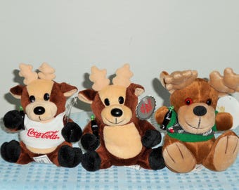 Coca -Cola Reindeer Bean Bag Plush Special Edition With Coke Bottle Cap Hang Tags./All Holding A Plastic Coke Bottle In Their Paws! NWT