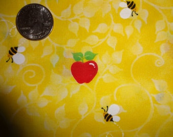Apples Bee Back to School Teacher Cotton Quilt Fabric Patty Reed by the yard BTY