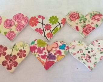 Pack Of 10 Heart Shaped Buttons With Various Flower Designs