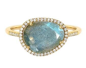 ON SALE Labradorite diamond ring