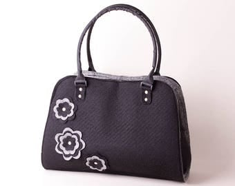 Felt Tote Bag in black, Zipper Closure, Women Tote Bag, Bags and purses, Black Bag, Shoulder Bag, Handbag