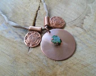 Necklace Emerald, copper and silk / / ethnic, boho, Tuareg / nature jewelry