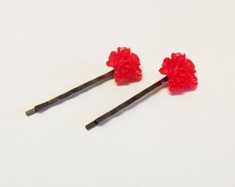 Set of 2 red flower cabochon hair clips