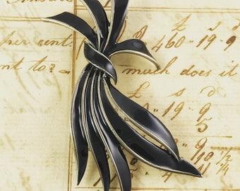 Vintage black enamel pin brooch ribbon abstract