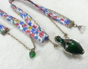 Liberty green ancient amphora necklace